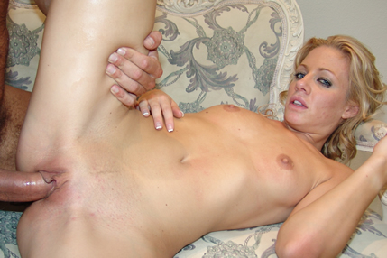 Mom like cock in her ass