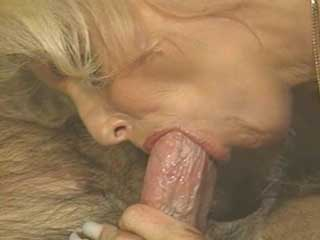 cocksucing older woman video